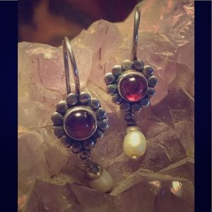 Jewelry - 🌙 New- Sterling Silver, Garnet & Pearl Earrings